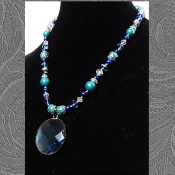 Get A Gift - Give Some Love Jewelry - Deep Blue Faceted Pendant Jewelry Set